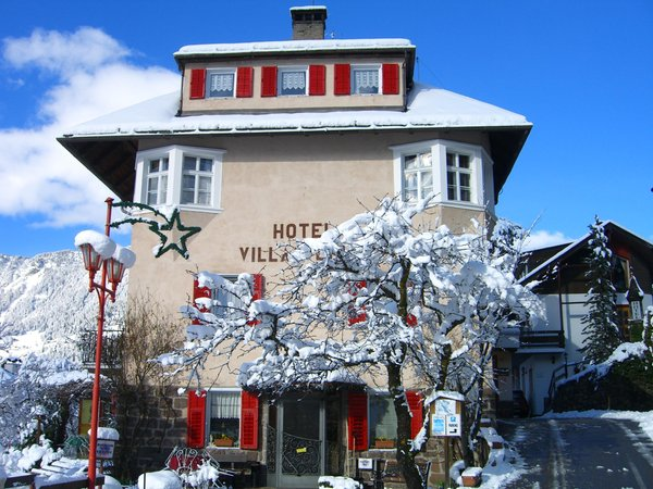Foto esterno in inverno Villa Emilia