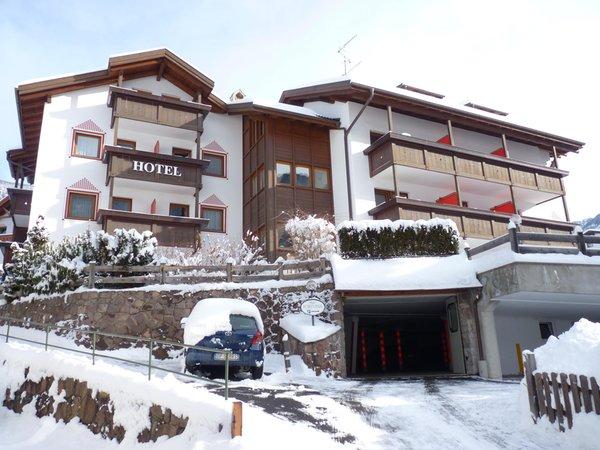 Foto invernale di presentazione Garni-Hotel Fortuna