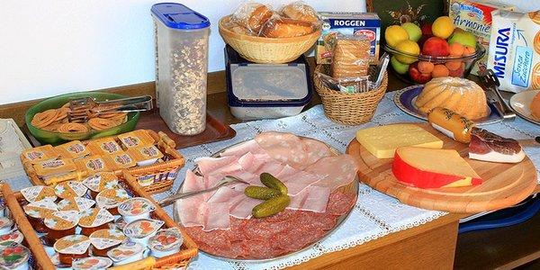 La colazione B&B + Appartamenti Ulrike
