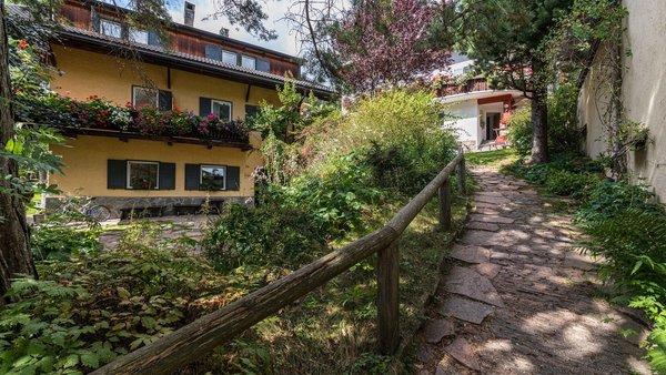 Foto esterno in estate La Rondula - Residence Chalet Garni
