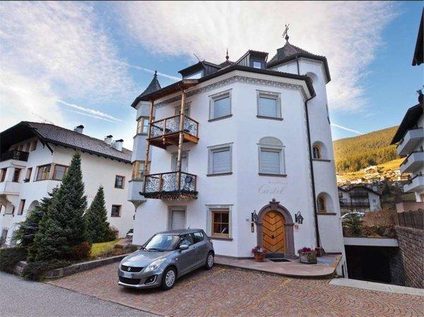 Foto estiva di presentazione Residence Castel