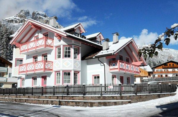 Foto invernale di presentazione Appartamenti Villetta Giumella