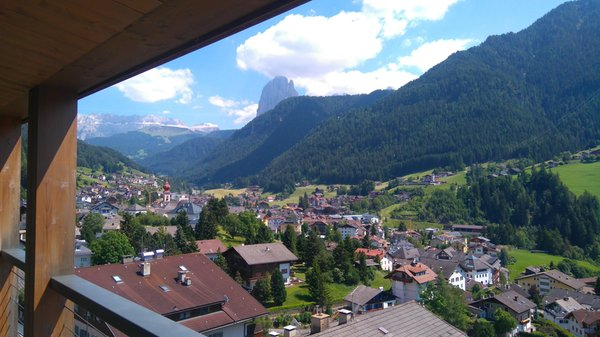 Foto del balcone Larciunei