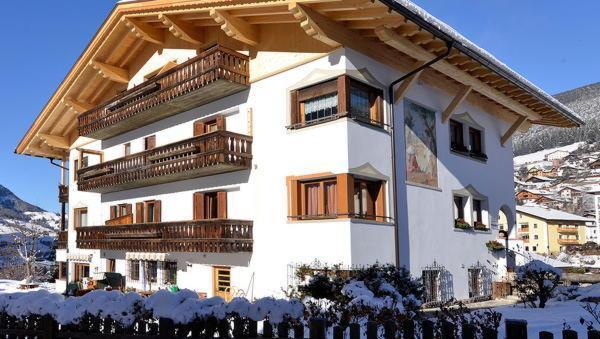 Foto invernale di presentazione Residence Magdalena