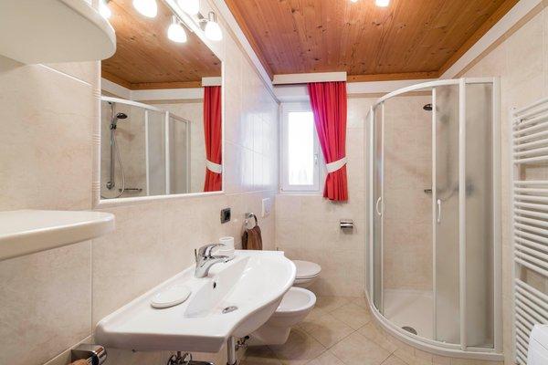 Foto del bagno Appartamenti Cesa Rabanser