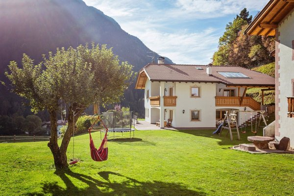 Foto estiva di presentazione Schönau Bio & Spa Family Apartments