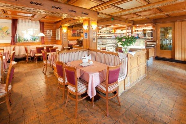 Foto von der Bar Hotel Villa Eden