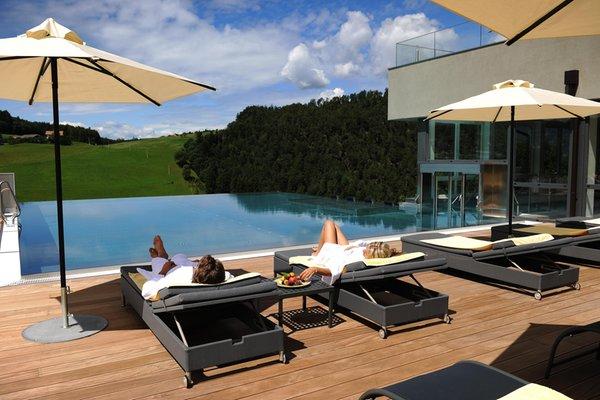 Schwimmbad Alpenflora - Hotel 4 Sterne