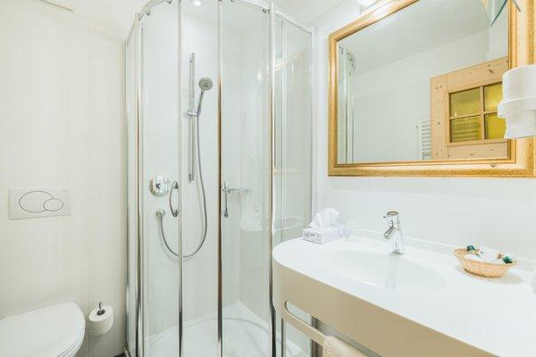Foto del bagno Hotel Castel Oswald von Wolkenstein