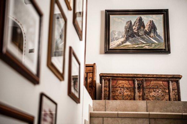 Foto di alcuni dettagli Cavallino D'Oro
