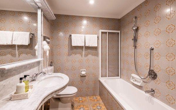 Foto del bagno B&B-Hotel Cavallino D'Oro