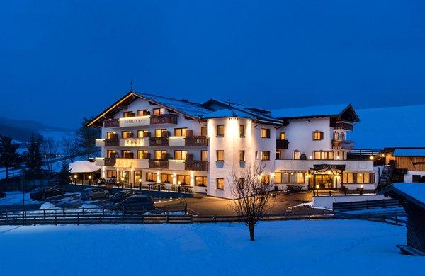 Foto invernale di presentazione Alpenroyal - Hotel 3 stelle sup.