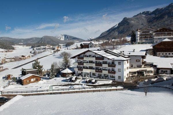 Winter presentation photo Hotel Apartments Alpenroyal