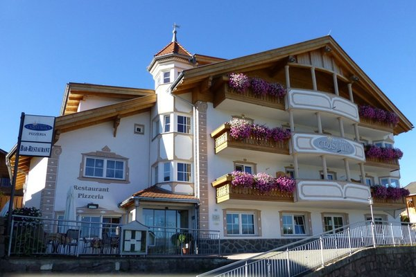 Sommer Präsentationsbild Cristallo - Hotel 3 Sterne