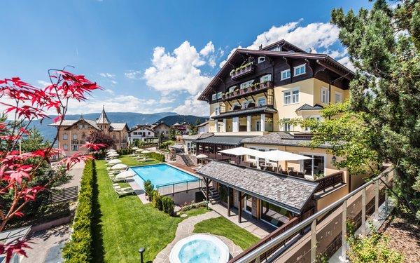 Foto estiva di presentazione Hotel Villa Kastelruth