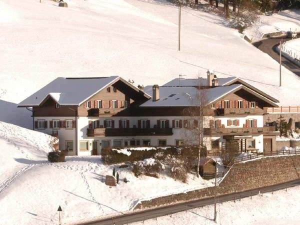 Foto invernale di presentazione Ortler - Hotel 3 stelle
