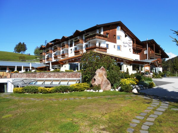 Foto estiva di presentazione Pinei Nature & Spirit - Hotel 4 stelle