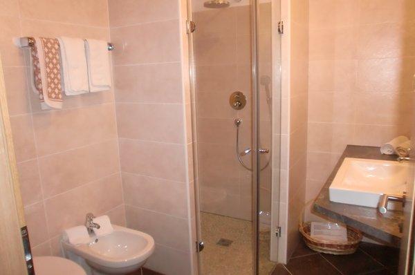 Foto del bagno Hotel + Residence Viktoria