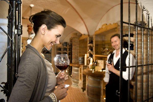 La cantina dei vini Castelrotto Chalet Tianes