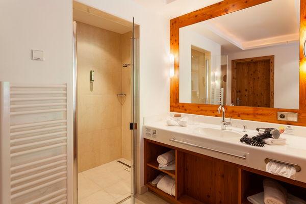 Foto del bagno Hotel Chalet Tianes