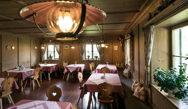 Photo of the stube Gasthof (Small hotel) Zu Tschötsch
