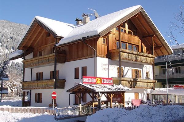 Foto invernale di presentazione Noleggio sci Martin Trojer