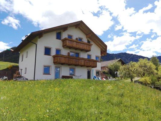 Foto estiva di presentazione Appartamenti Villa Schönau