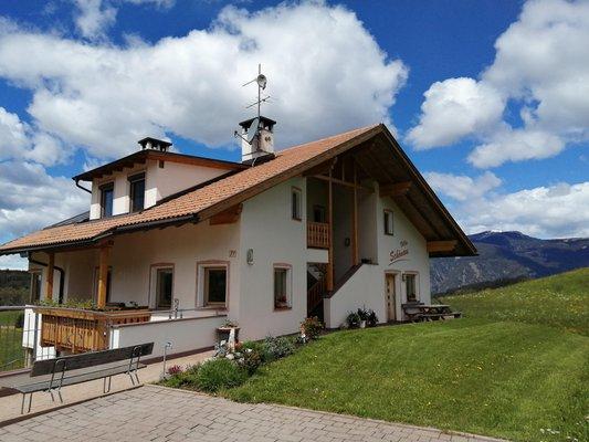 Foto esterno in estate Villa Schönau
