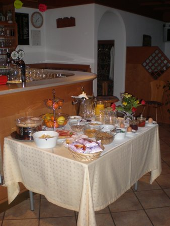 Das Frühstück Haus Sabina - Garni (B&B) 4 Sonnen