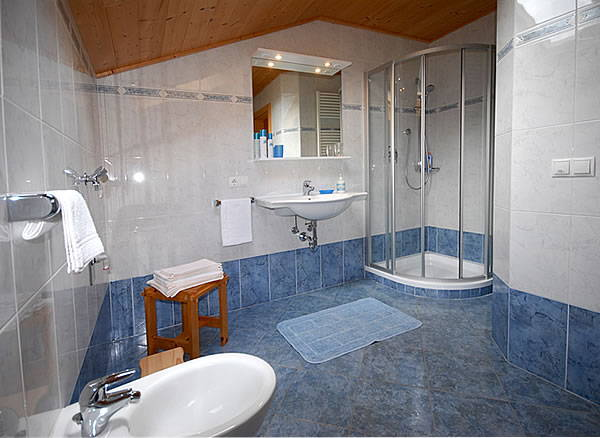 Appartamenti in agriturismo feldheimhof castelrotto for Bagni belli