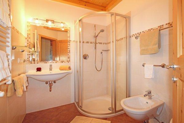 Foto del bagno Appartamenti in agriturismo Ronsolhof
