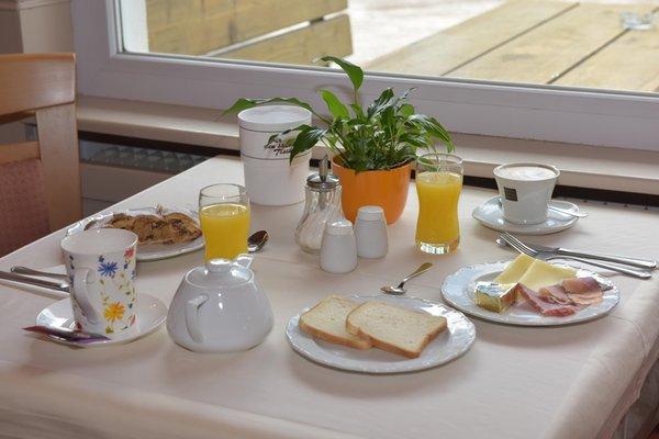La colazione Hauenstein - Garni (B&B) 2 stelle