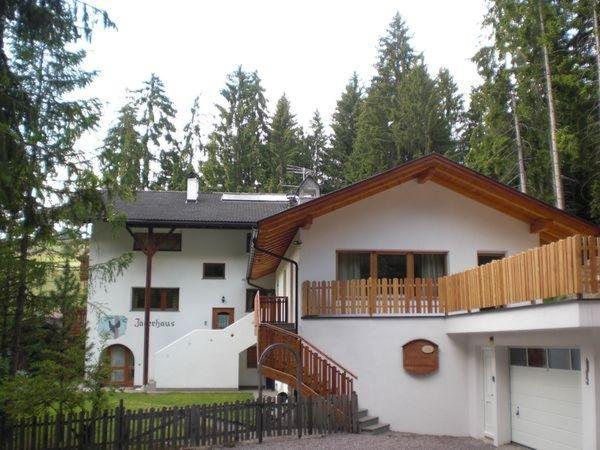 Foto estiva di presentazione Jägerhaus - Appartamenti 3 soli