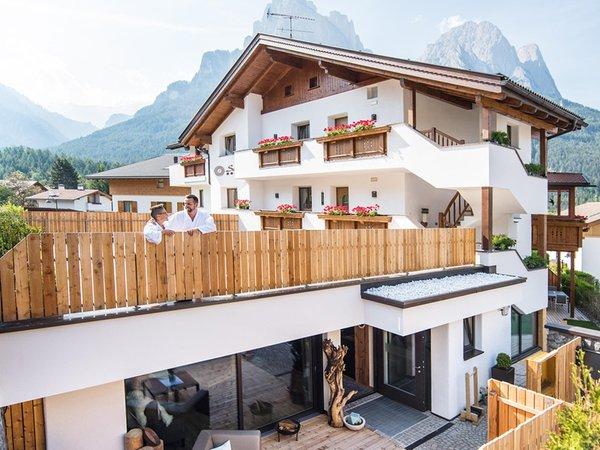 Foto estiva di presentazione Apartments Sella - Appartamenti 5 stelle