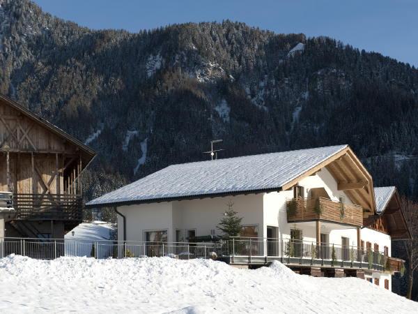 Foto Außenansicht im Winter Kamaunhof
