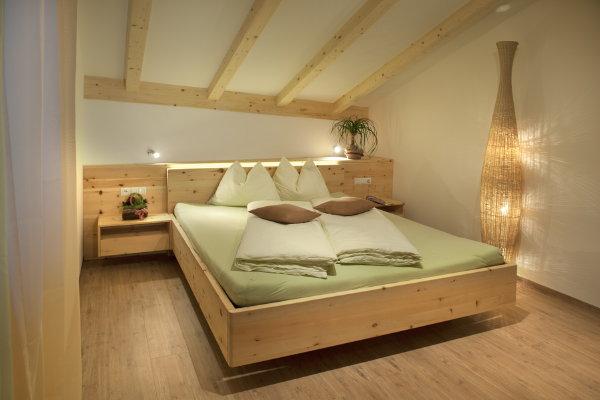 Foto vom Zimmer Zimmer + Ferienwohnungen auf dem Bauernhof Kamaunhof