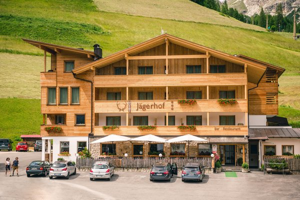 Foto estiva di presentazione Jägerhof - Albergo 3 stelle