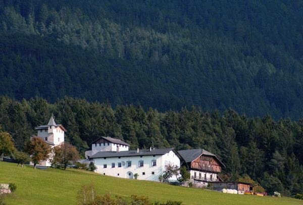 Foto esterno in estate Edelansitz Zimmerlehen