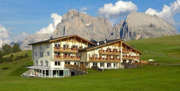 Foto estiva di presentazione Hotel Santner Alpine Sport & Relax
