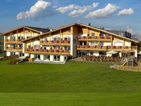 Foto esterno in estate Santner Alpine Sport & Relax