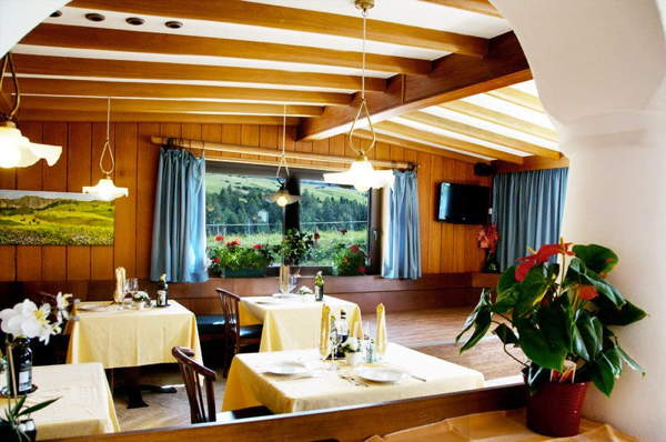 Il ristorante Alpe di Siusi Piccolo Hotel Sciliar