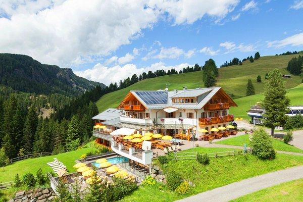 Foto estiva di presentazione Monte Piz - Albergo 3 stelle sup.