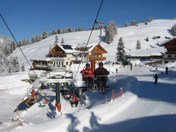 Foto Außenansicht im Winter Monte Piz