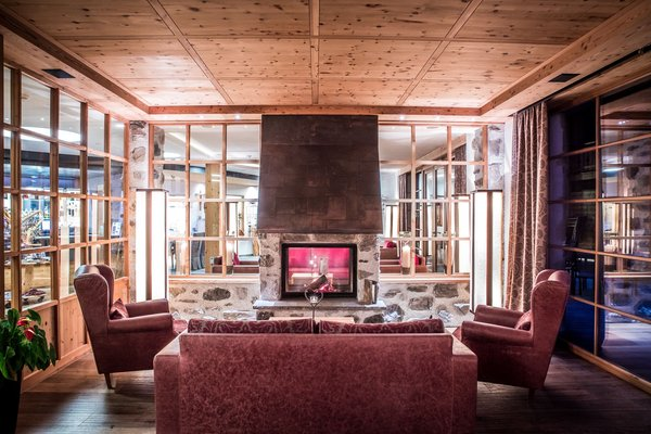 The common areas Tirler – Dolomites Living Hotel