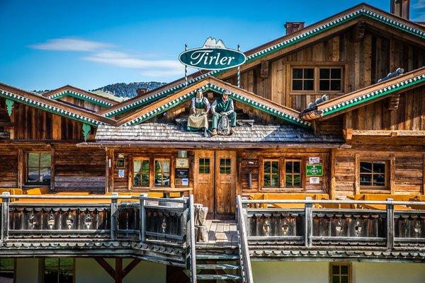 Foto esterno in estate Tirler – Dolomites Living Hotel