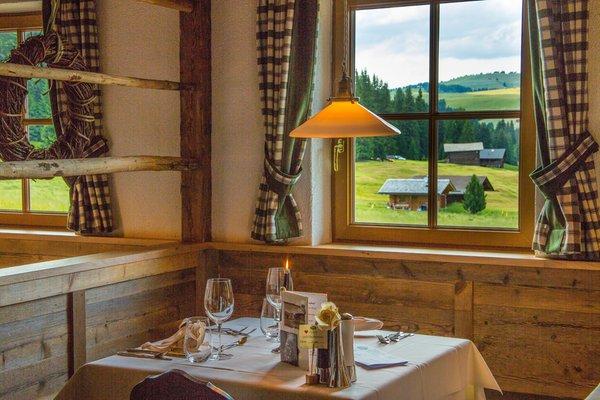 Il ristorante Alpe di Siusi Tirler – Dolomites Living Hotel