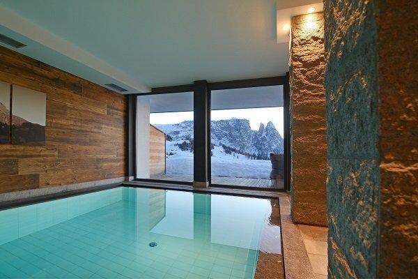 La piscina Berghotel Zorzi - Hotel 3 stelle