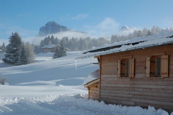 Foto esterno in inverno Chalet Seiseralm