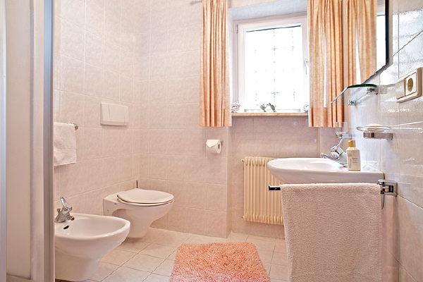Foto del bagno Appartamenti Gatschol