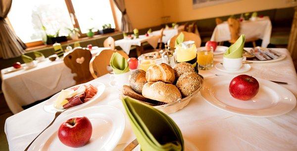 La colazione Mahlknechthütte - Rifugio con camere